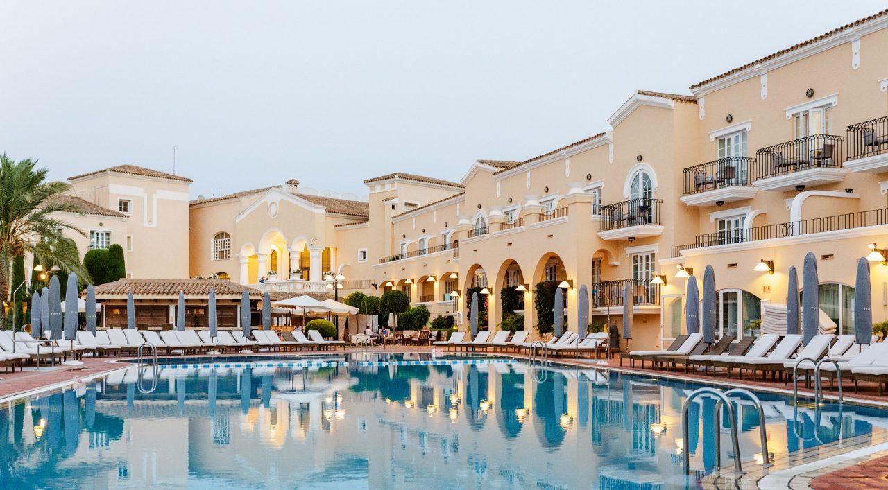 Hotel-pool-2-1280x707.jpg