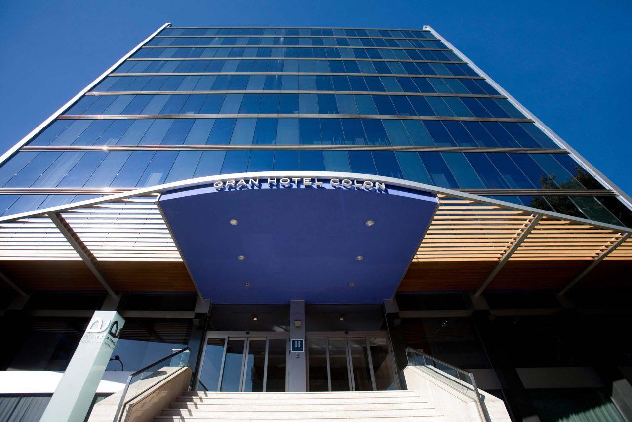 01-ayregranhotelcolon-fachada-hr295-1280x854.jpg